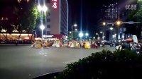 琼花业余舞集一分享2015年11月佛山市秋色文化节缤纷夜手机拍摄现场短视频(19)