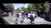 路怒路霸战斗民族打架斗殴视频合集集锦20151110,俄罗斯人车祸之后做的冲动事!