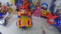愤怒的小鸟玩具车拆箱超级飞侠哆啦A梦迪士尼白雪公主喜羊羊与灰太狼超级玛丽蜘蛛侠