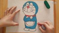 多啦A梦幸福站姿卡通儿童色粉画跟李老师学画画