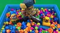 玩具SHOW 2016 第188集蘑菇钉洗澡澡