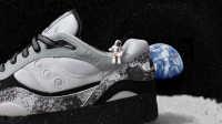 据说这是一双能带你漫步月球的鞋子