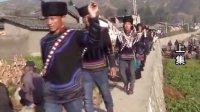 彝族电影、彝族歌曲视频洛火依伍莫的葬礼上