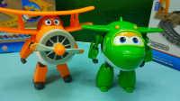 超级飞侠 小青 胡须爷爷 变形机器人 迪士尼 玩具