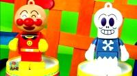 超级面包超人玩具视频 细菌小子玩偶 奇趣蛋 小猪佩奇 粉红猪小妹 猪猪侠