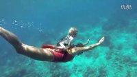 FreeDiving - 两岁小正太的自由潜水