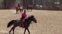 宝宝初看世界 看骑师骑马 听马叫声马跑声