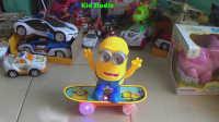 飞燕传媒 玩具车视频 可爱小黄人玩滑板车 儿童玩具视频 动漫玩具视频 86