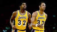 【布鲁】NBA2K17街头篮球:湖人ShowTimeVS小牛三叉戟!魔术师贾巴尔纳什诺维茨基(三)