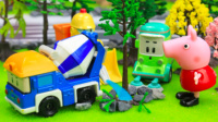 『奇趣箱』变形警车珀利玩具视频:出租车、翻斗车、拖车、水泥罐车、推土机、清洁车帮小猪佩奇种树