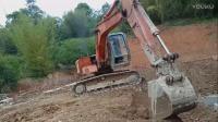 挖掘机挖土做房子 工作表演视频