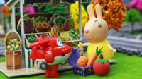 『奇趣箱』超级飞侠玩具视频:兔小姐开商店太忙碌,超级飞侠乐迪、小爱和多多来帮忙