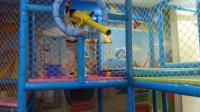 亲子互动游戏《儿童乐园游乐场11》萌宝贝玩荡秋千海洋波波球滑滑梯太空舱火箭 波波球乐园 超级飞侠巨大黄金蛋 小猪佩奇奥特曼米老鼠过家家太空沙百变沙玩转汽车总动员