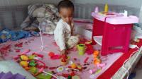 益智早教玩具269 水果切切看过家家玩具玩具总动员 做饭煮饭厨具餐具厨房玩具 亲子游戏 开箱神秘大奖 拼装厨房厨具 过家家玩具1 贝瓦儿歌-宝贝宝贝+唯有你的爱