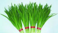 """吃韭菜能强大性功能? 专家辟谣: 用它的籽煲粥才真正壮""""阳""""!"""