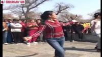广场舞: 丹丹姐和徒弟跳80步, 围观的群众感叹太潇洒了