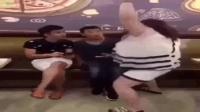 胖妹的舞姿太销魂了