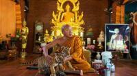 泰国一寺庙主持令女子怀孕后强逼堕胎, 遭女子持枪报复