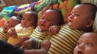 宝妈二胎生了5胞胎, 哥哥挨个亲他们, 宝宝的表情笑死我了