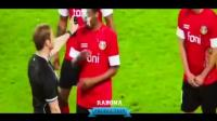 看完会笑到肚子疼! 2017最全最搞笑的足球视频集锦