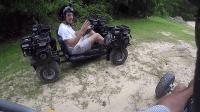 这才叫玩车, 看牛人改装的越野四驱车真够劲