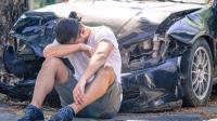 胆大包天逼停警车重机械机车事故车祸视频最新交通事故【8_标清