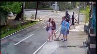 如果不是有监控, 没人知道这个禽兽对四个女孩都做了些什么!