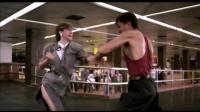 老港片之《皇家师姐1985》杨紫琼&罗芙洛打斗片段, 两位都是女中豪杰