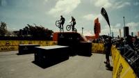 山地车手张京坤与世界攀爬大神Danny MacAskill同台竞技互相交流演绎完美单车技巧