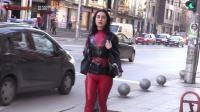 胶衣Wearing latex in public. Red and Black Casual look.