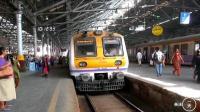 中国人去印度, 实拍印度孟买豪华火车, 不是1962年的印度了