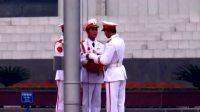 越南的升旗仪式,士兵的气质真的不忍直视,无精打采