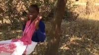 非洲纪实: 贫民窟里的黑人生活清贫, 但不与世俗同流合污, 悠然自得!