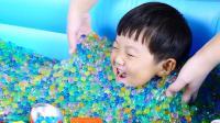 10万颗水舞珠珠里寻找奇趣蛋
