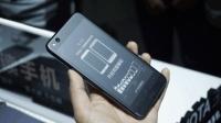 双面屏更精彩: YotaPhone 3现场上手玩|锋潮评测室