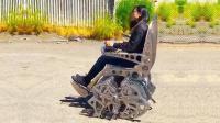 美国大叔造怪异凳子, 拥有16条机械腿, 按下按钮就能跑