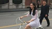 八卦:Baby骑自行车上街 美照却被公安抓包