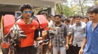 印度学生打造最便宜钢铁侠盔甲, 一套只要750!