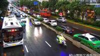 生死时速! 实拍百余私家车给警车让道 护送脑出血患者