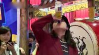 不服来战! 重庆女酒神再战90秒饮8瓶啤酒: 不要模仿我, 我是个传说!