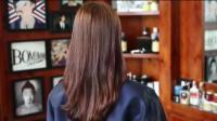 美女长发及腰, 被理发师剪成学生头
