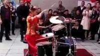 新娘用架子鼓敲响灌篮高手主题曲