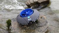 世界上最小的水力发电机, 扔河里就发电, 告别充电宝!
