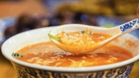 天凉了, 来一碗热乎乎的疙瘩汤, 暖心暖胃, 舒服极了!
