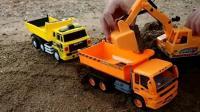 变形警车珀利 赛车总动员 汽车总动员之挖掘机玩具表演动画视频77