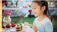 八卦:高云翔带女儿为甜馨庆祝5周岁生日