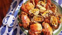 看完舌尖上的中国 小伙在家做醉蟹 大闸蟹伴着酒香太诱人了