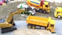 电动挖掘机挖沙 推土机推沙视频