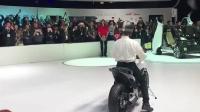 价值60万的无人驾驶摩托车, 按下 ...