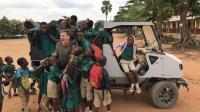 专为非洲农村设计的电动汽车, 网友: 想坑非洲兄弟?